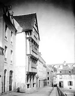 Duchess Anne's House after its restoration in 1890-1891, Félix Martin-Sabon.